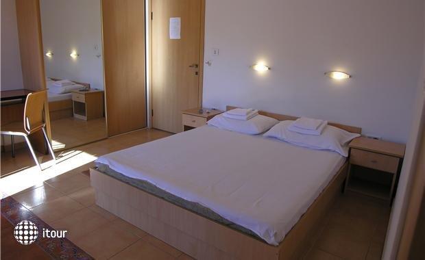 Mare Apartments 3