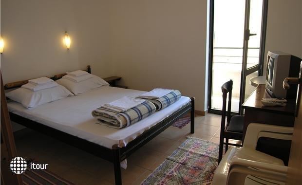 Mare Apartments 10