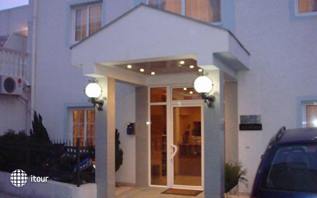 Villa Azzuro 1