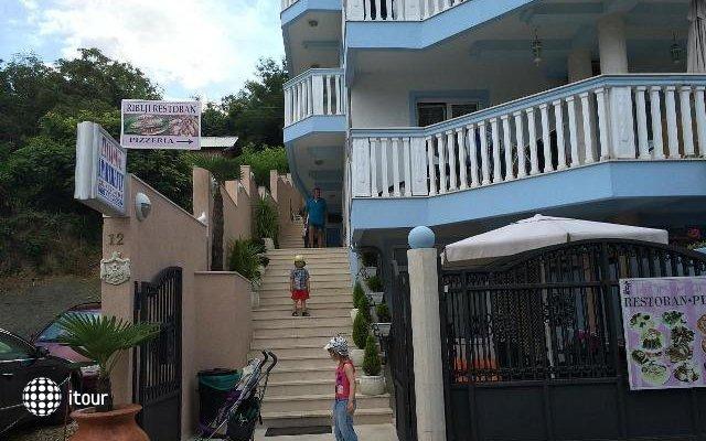 Villa Perovic 8