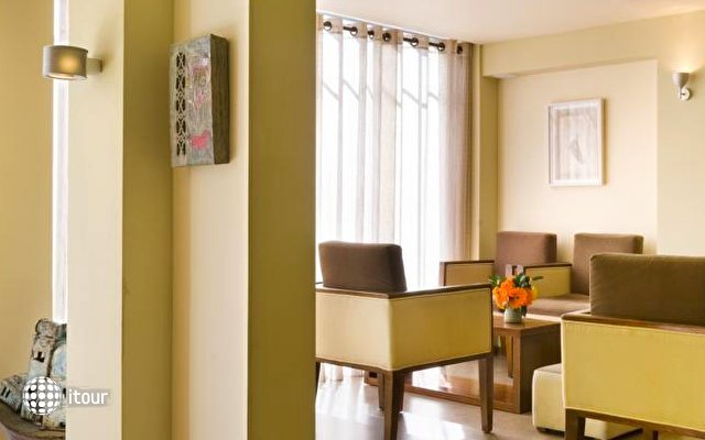 Art Gallery Hotel 4