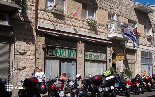 Port Inn 4