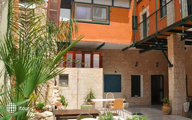Yafo 82 Guesthouse 1