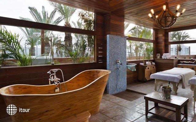 Garden Hotel 8