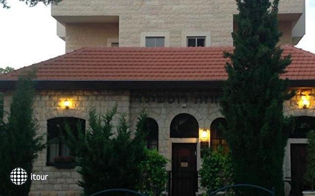 Rothschild Mansion 10