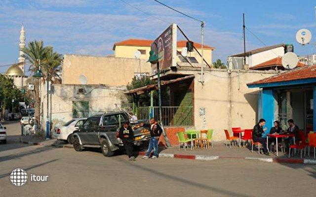 Juha's Guesthouse - Zarqa Bay 1