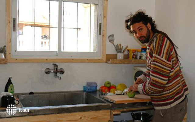 Juha's Guesthouse - Zarqa Bay 2