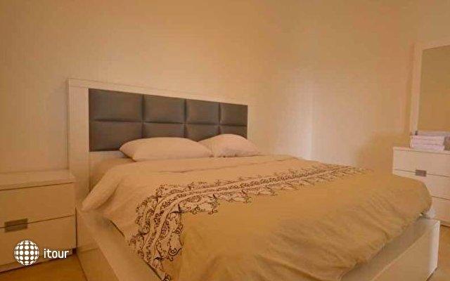 Zimmer Monte 5