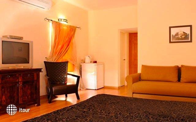 Beit Oren Guest House 8