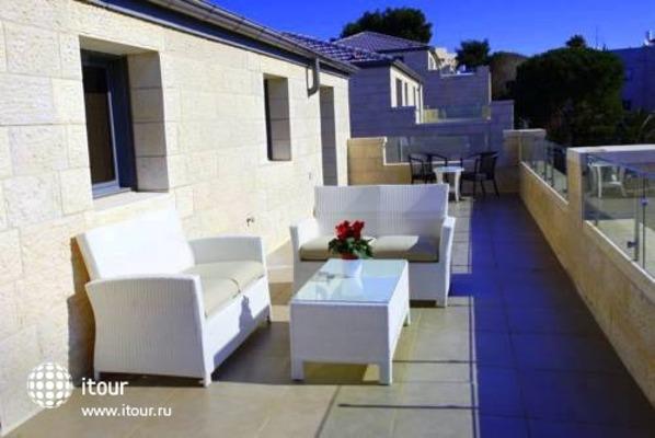 Tamar Residence Suites 4