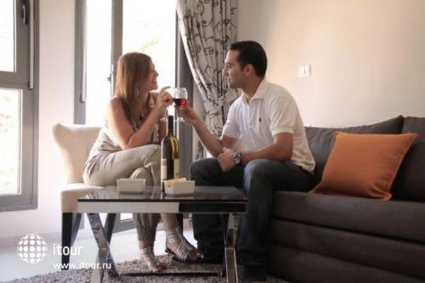 Tamar Residence Suites 5