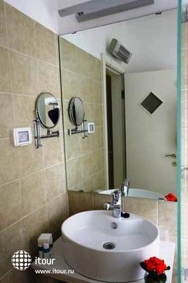 Tamar Residence Suites 8