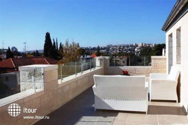 Tamar Residence Suites 10