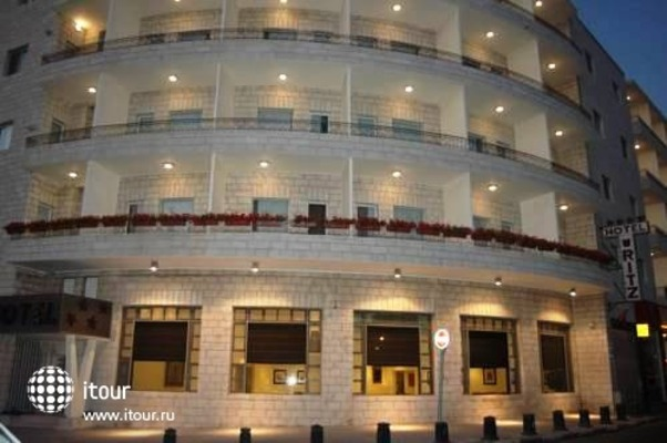 Ritz Hotel 2