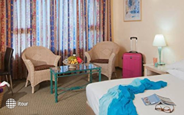 Leonardo Hotel Negev 7