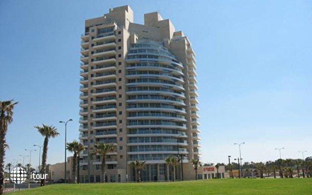 Ramada Hotel & Suites  1