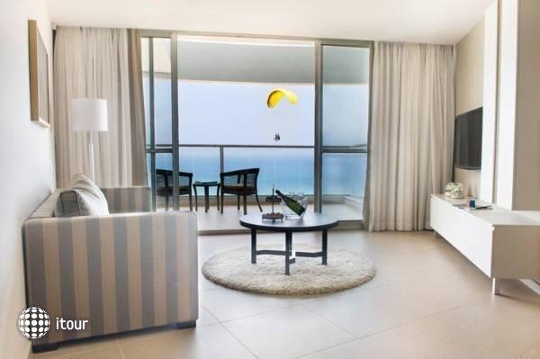 Ramada Hotel & Suites  4
