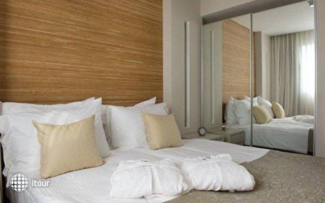 Ramada Hotel & Suites  7