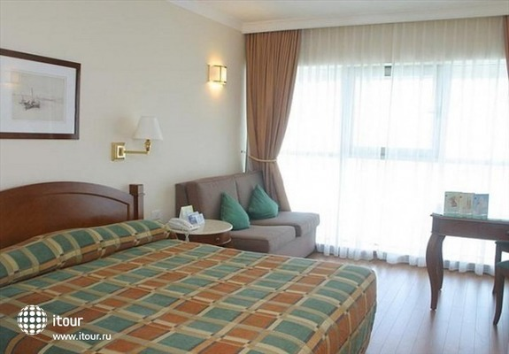 Holiday Inn Haifa Bayview 2