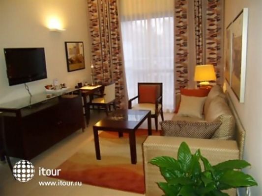 Kfar Maccabiah Hotel & Suites 2