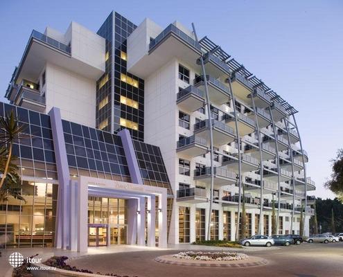 Kfar Maccabiah Hotel & Suites 1