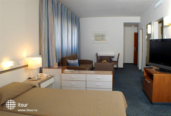 Best Western Regency Suites 3