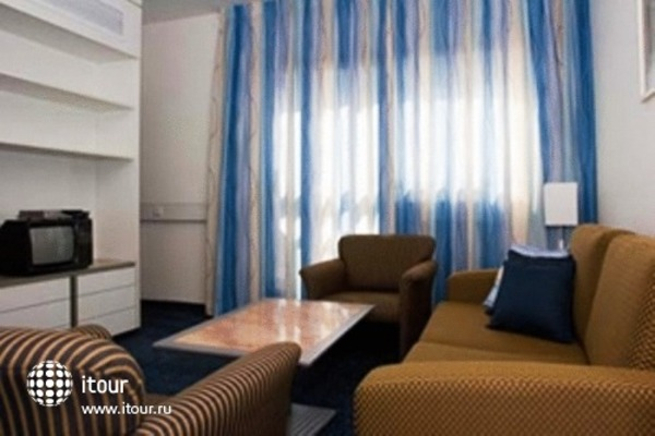 Best Western Regency Suites 10