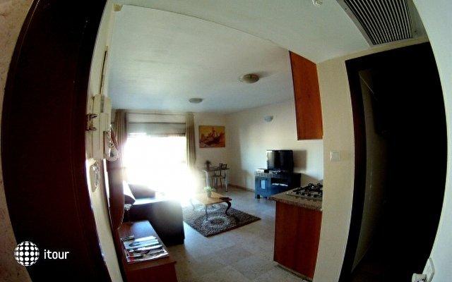 Dizengoff Beach Apartments 4