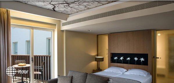 Dan Tel Aviv Hotel 1