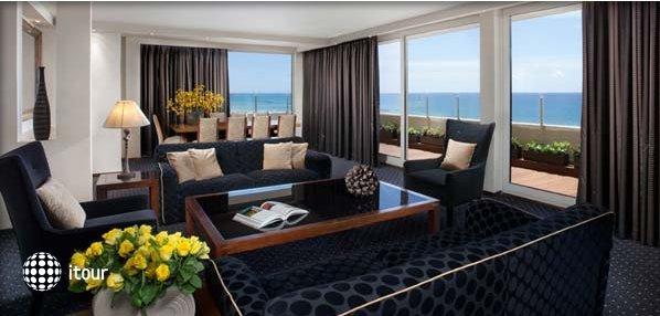 Dan Tel Aviv Hotel 6
