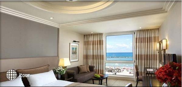 Dan Tel Aviv Hotel 7