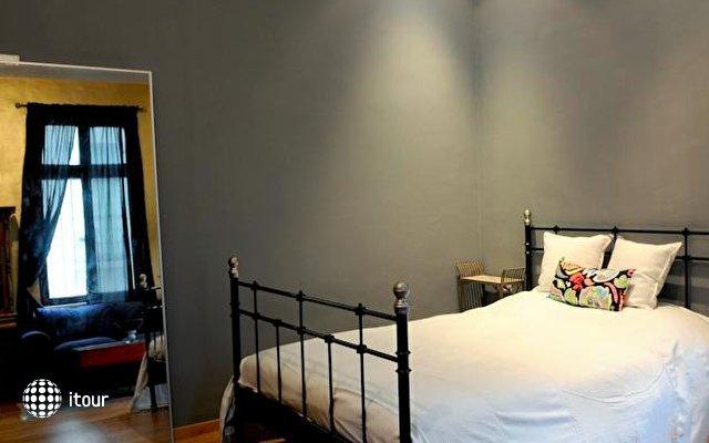 Eclectic Aparthotel 4