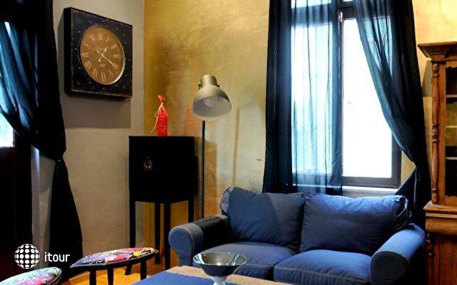 Eclectic Aparthotel 5