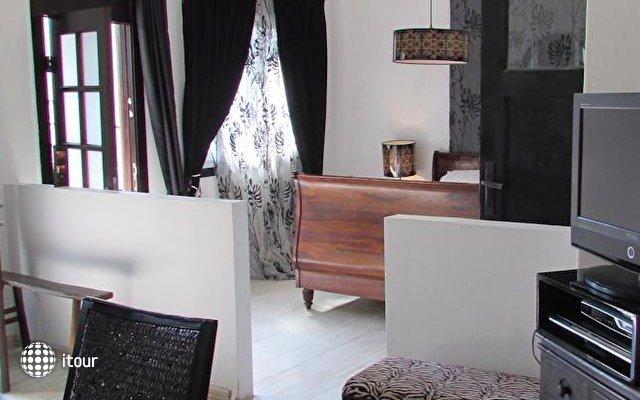 Nina Cafe Hotel Suites 2