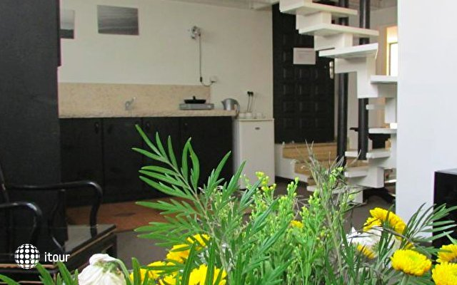 Nina Cafe Hotel Suites 8
