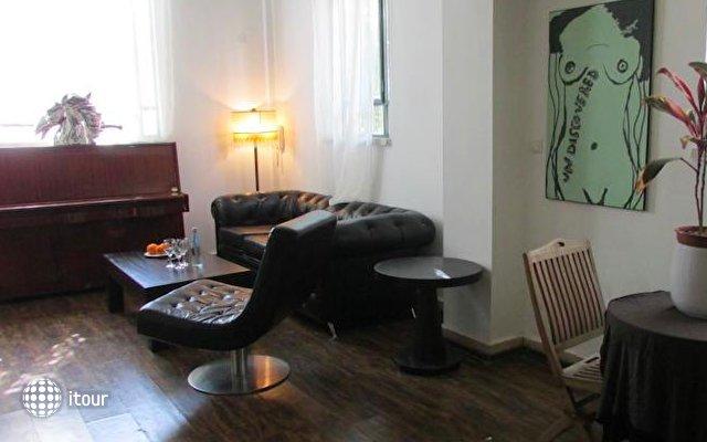 Nina Cafe Hotel Suites 9