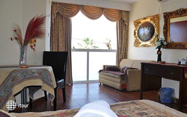Hotel Suites Bat Yam 4