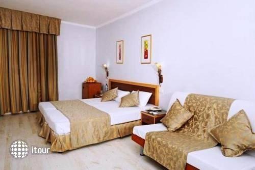Nofim Hotel 9