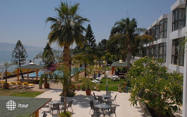 Ron Beach Hotel Tiberias 7