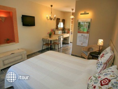 Sha'ar Hagolan Kibbutz Country Lodging 2