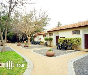 Afik Kibbutz Country Lodging 1