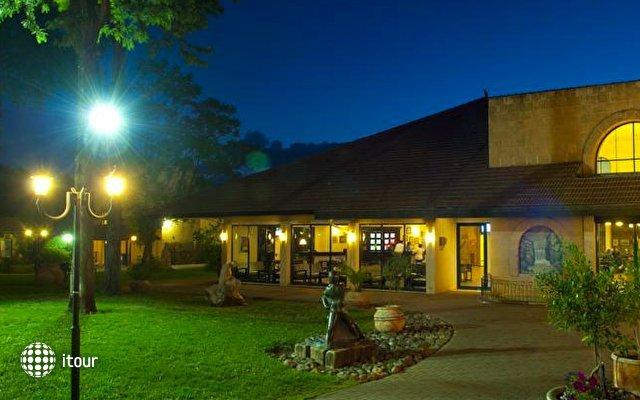 Hagoshrim Kibbutz & Resort Hotel 4