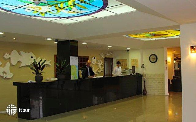 Restal Hotel 3