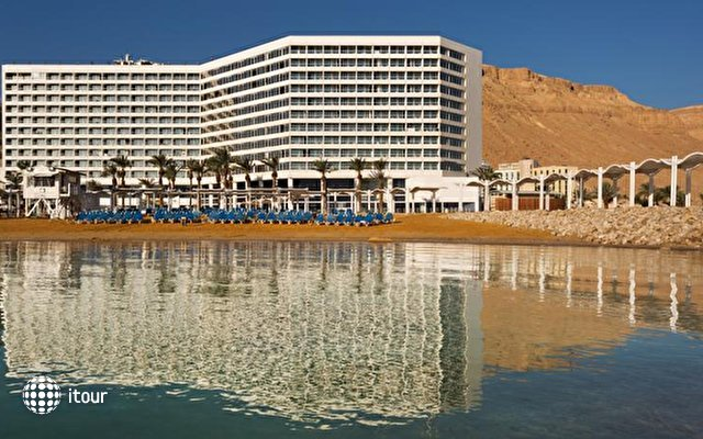 Crowne Plaza Dead Sea 1