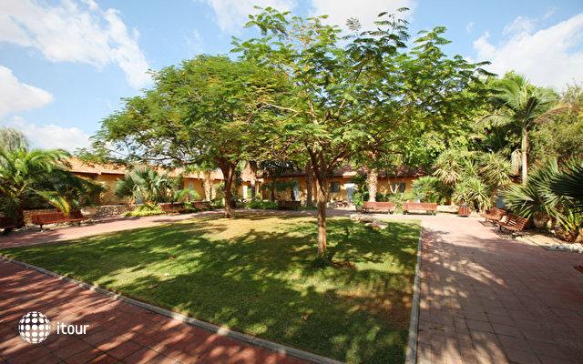 Almog Kibbutz Holiday Village 4