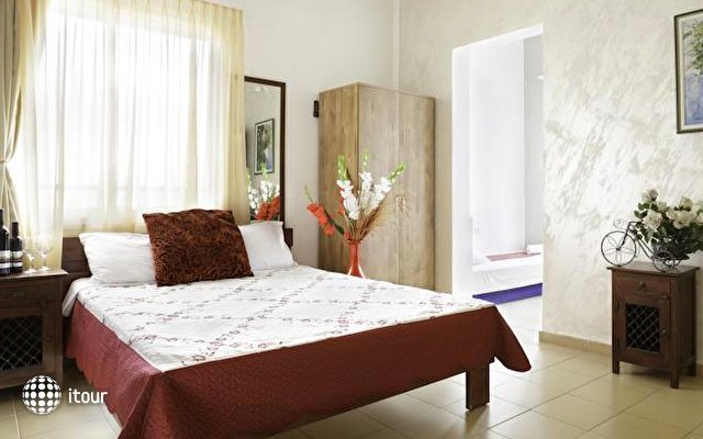 Loui M Apartments 4