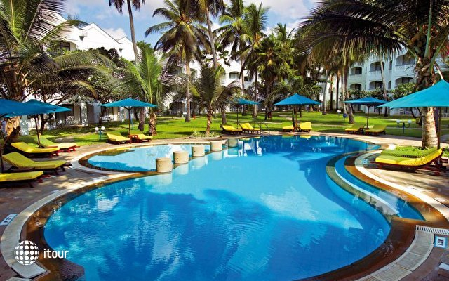 Sarova Whitesands Beach Resort & Spa 1