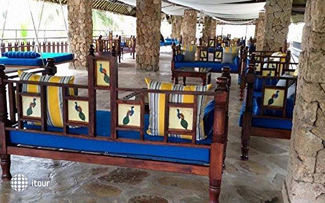 Voyager Beach Resort 8