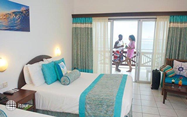 Voyager Beach Resort 9