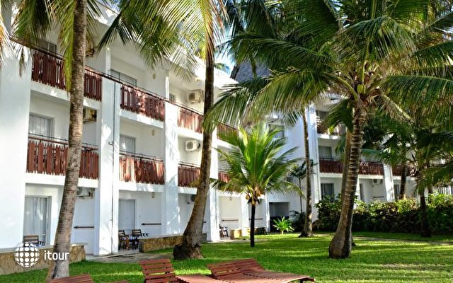 Voyager Beach Resort 2